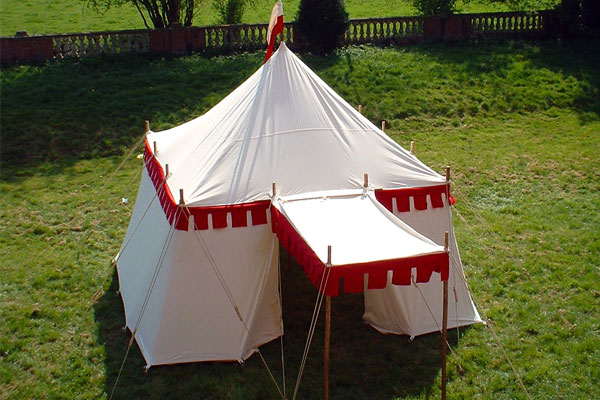 THE LANDSKNECHT & HISTORICAL TENTS - World Tents